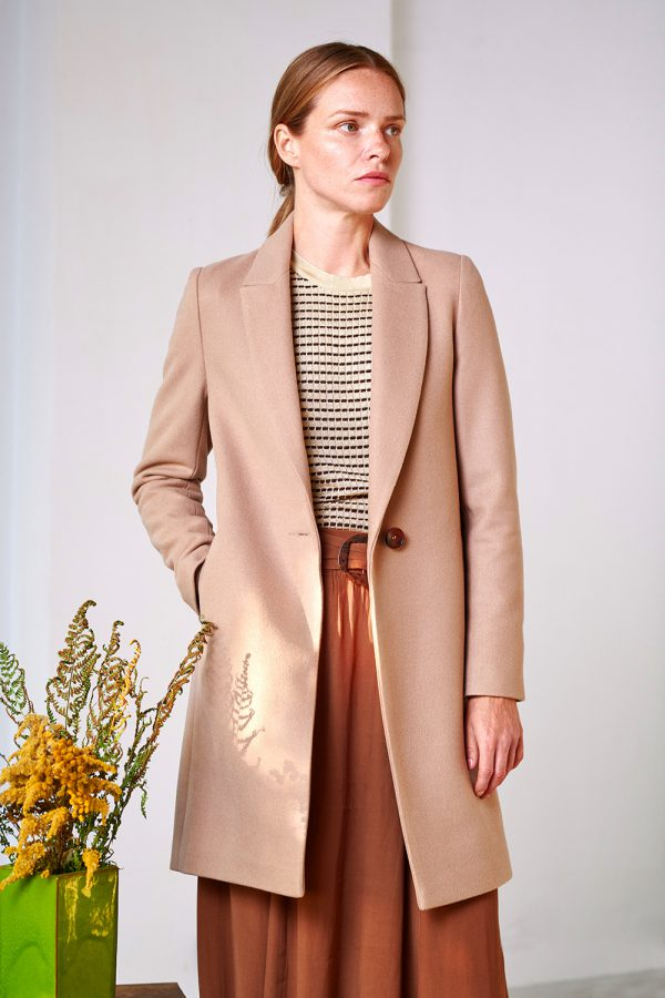 single breasted spring coat with collar light camel