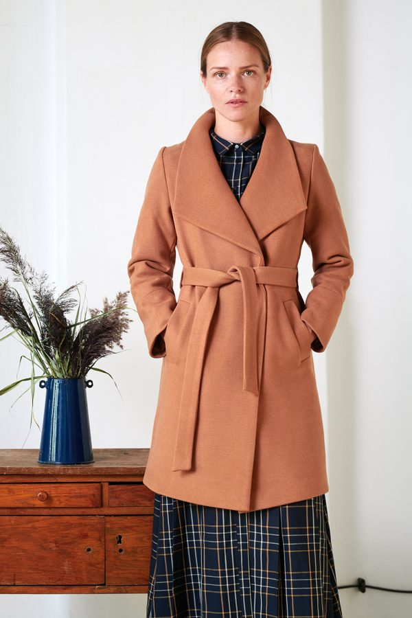 Wool blend wraparoung collar coat in camel color