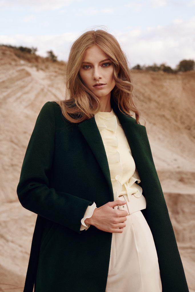 Zimowe płaszcze damskie ręcznie szyte w sposób przyjazny środowisku zgodnie z zasadami Fair Trade.