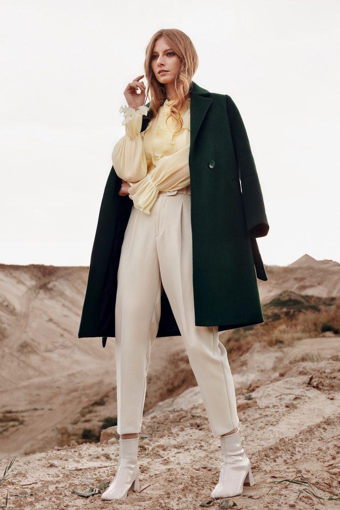Butelkowy płaszcz zimowy wełniany długość kolano prawdziwe rzemiosło.